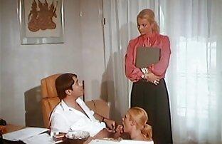 Buon compleanno a pompini video porno una donna matura e lasciala andare in cerchio sul tavolo