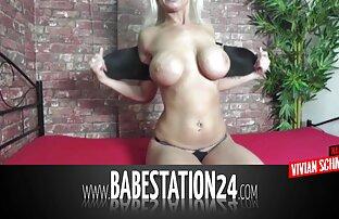 Brunetta satisfying video porno gratis hub buco con vaginale palle