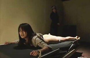 Ginecologo in calze trav video porno nude e scopare un paziente con un strapon